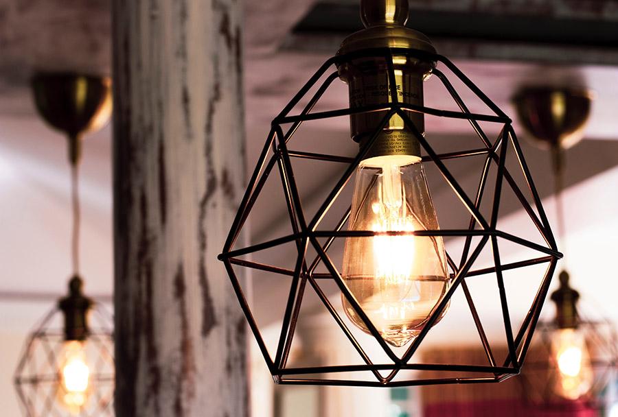 Ką svarbu žinoti renkantis šviestuvą?